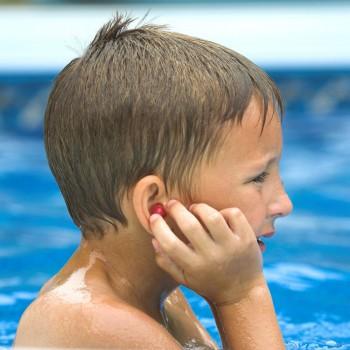 Molestias de los oídos en la piscina
