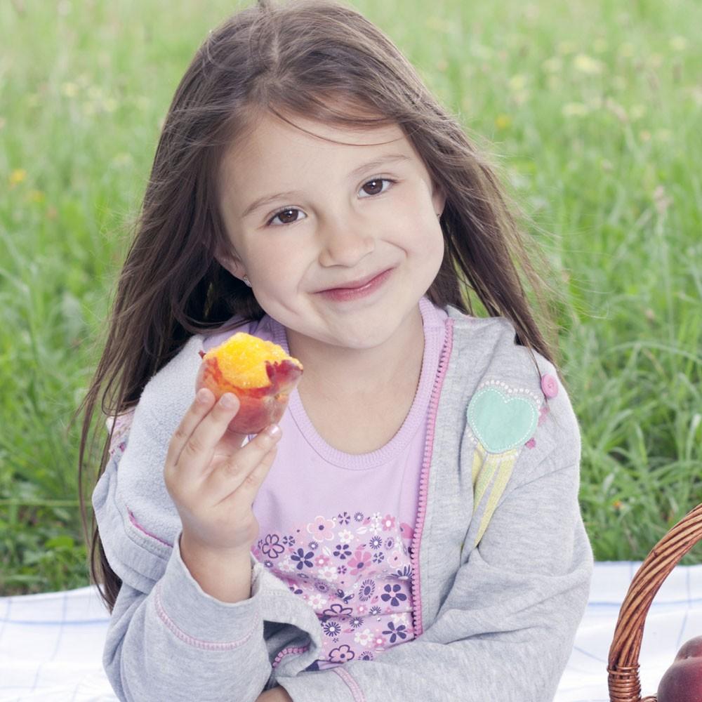 Frutas de verano para niños: melocotones, nectarinas y albaricoques