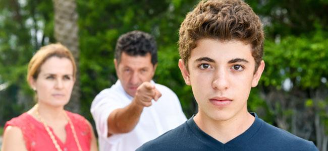 errores más comunes que cometemos con nuestros hijos adolescentes