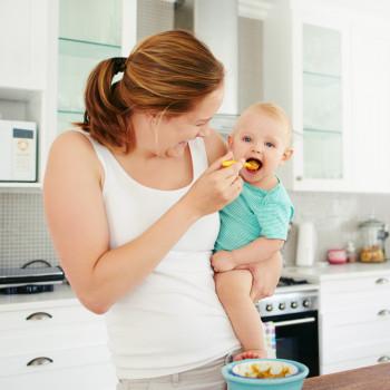 Deliciosas recetas de papillas de frutas para bebés estreñidos