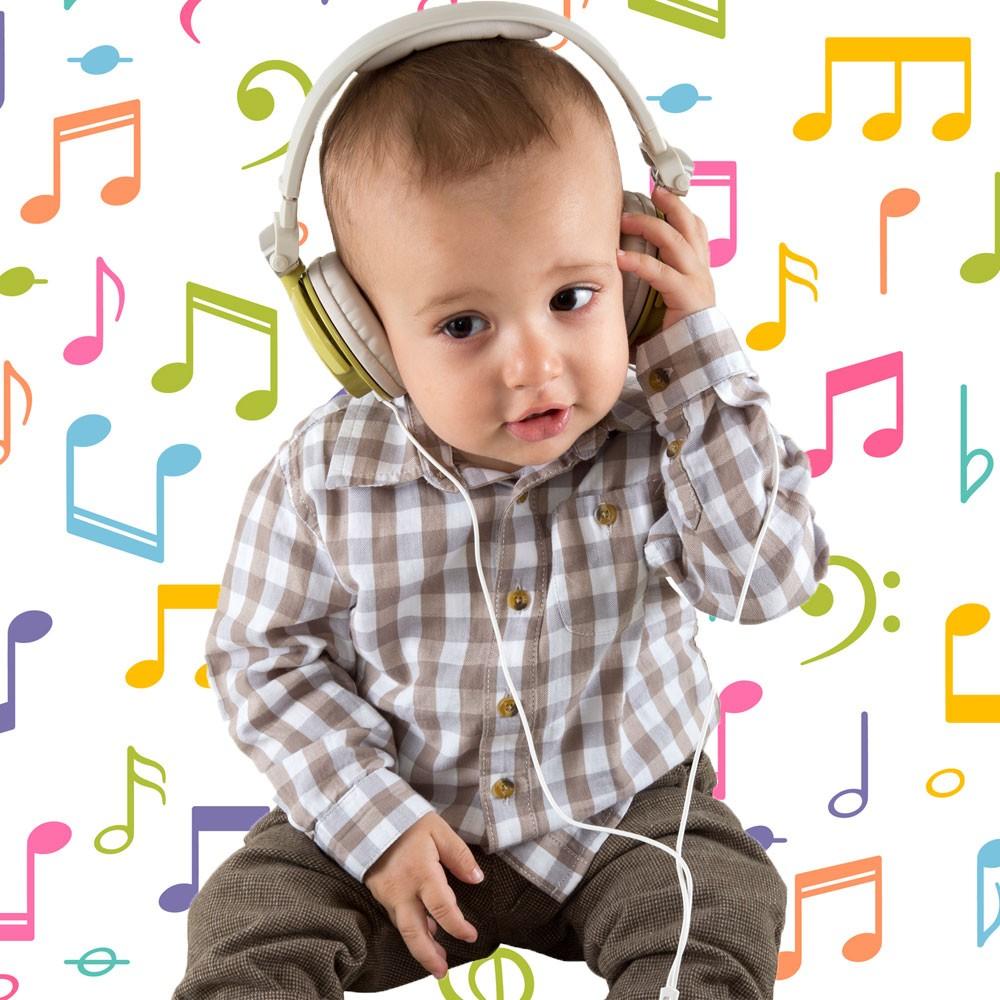 Nombres para bebés varones inspirados en los cantantes latinos