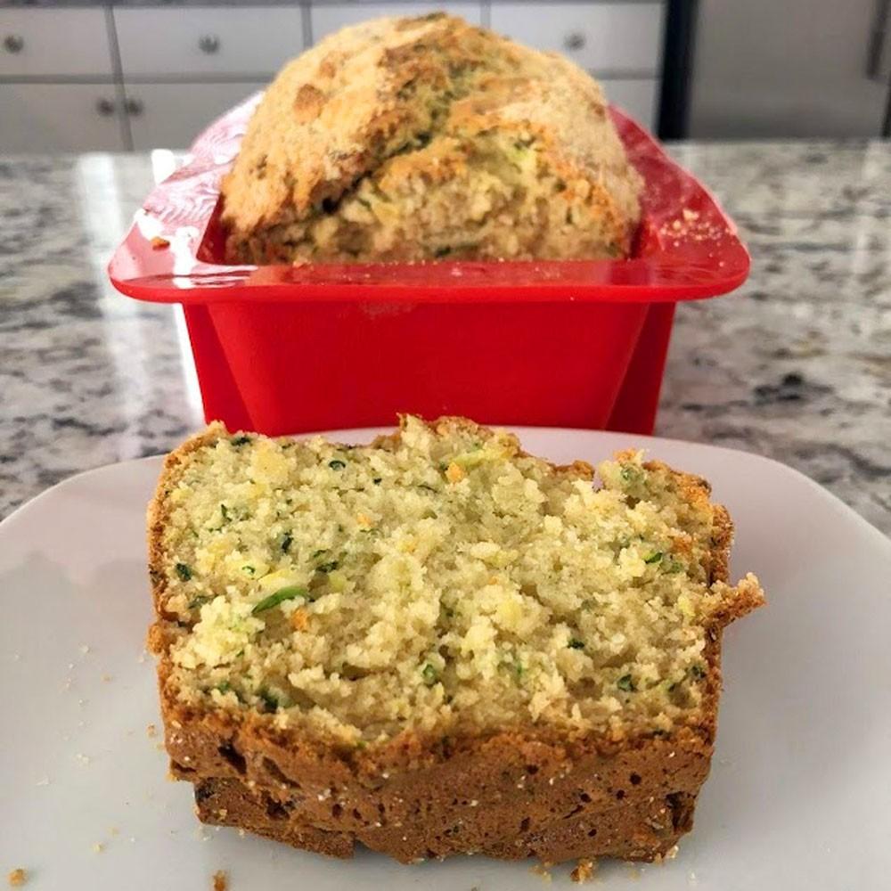 Pan de calabacín salado. Receta fácil y rápida