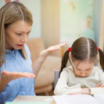 Qué hacer si no te gusta el profesor de tu hijo