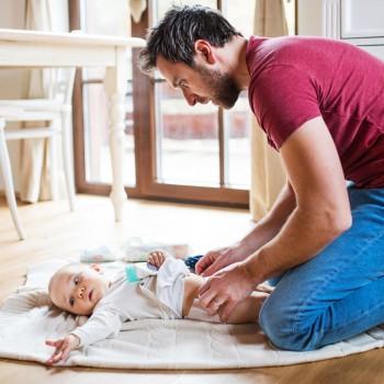 Los papás también cambian pañales, ¿y los cambiadores?