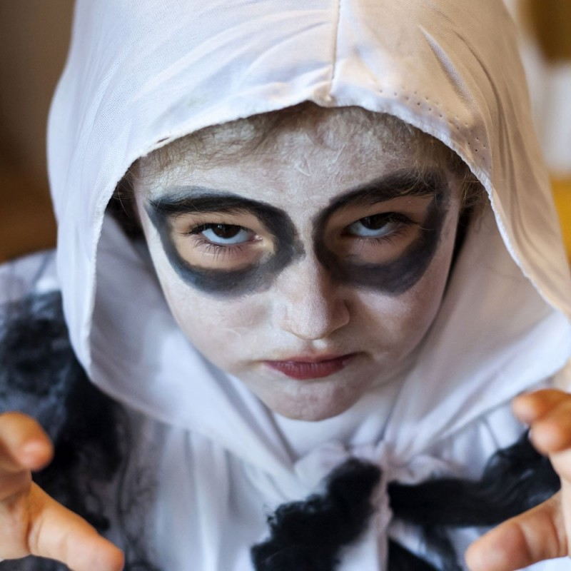 Maquillaje de Fantasma para Halloween