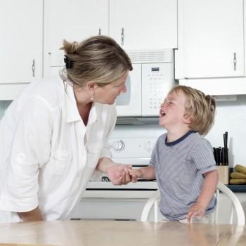 Ayudar a tus hijos ante el caos emocional por un berrinche