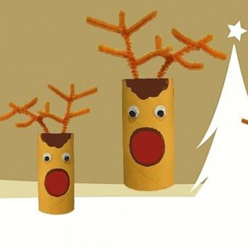 Reno de Papá Noel con rollos de papel. Manualidades de Navidad