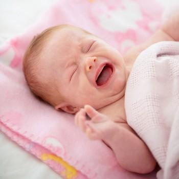Métodos infalibles para calmar a un bebé que no para de llorar