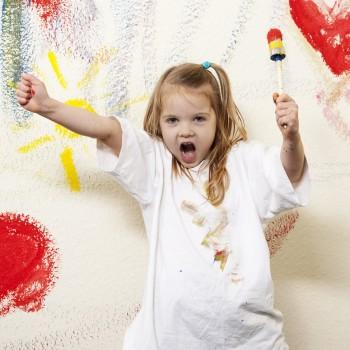 6 razones por las que debes dejar a los niñospintarlasparedes