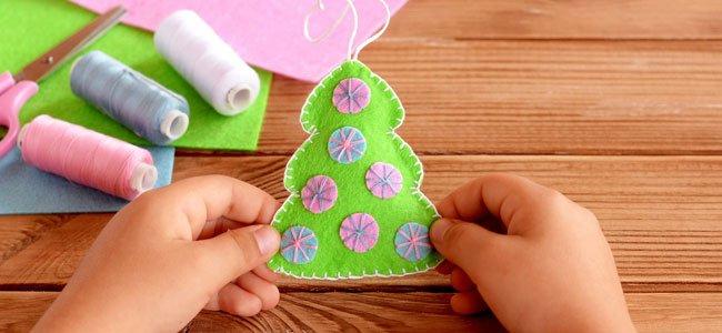 Arboles Para Decorar Aulas.Manualidades Para Hacer Arboles De Navidad Con Los Ninos