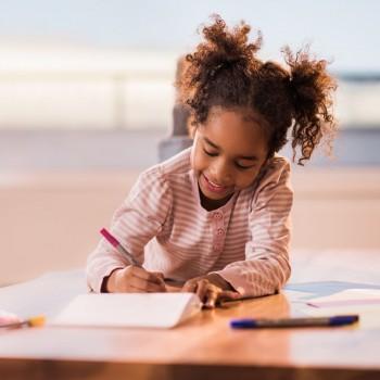 El juego del stop para que los niños aprendan a leer y escribir