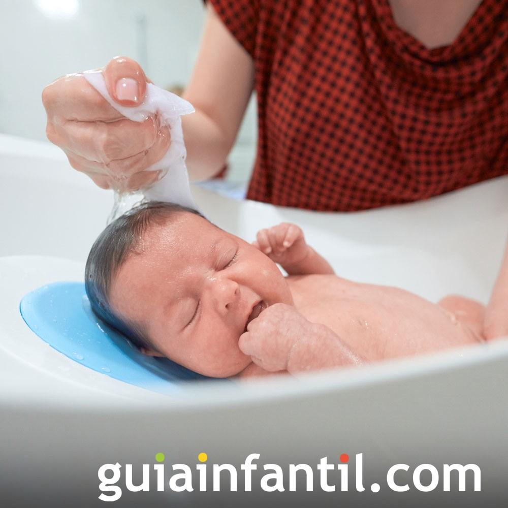9f1f08bdae7a 20 errores con el baño del recién nacido que debes evitar