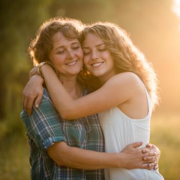 4 cosas que tu hijo adolescente necesita que recuerdes para ser feliz