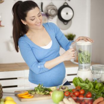Beneficios de consumir acelgas en el embarazo para la madre y el bebé