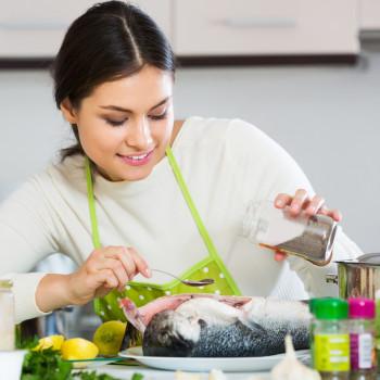 Los pescados más peligrosos para la mujer y el bebé en el embarazo