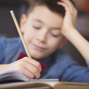 A partir de qué edad pueden (y deben) hacer dictados los niños