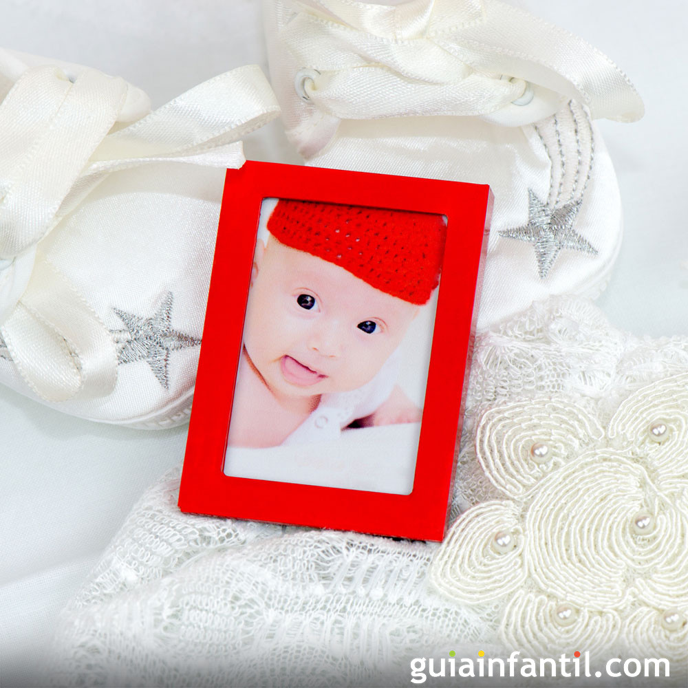 Marco de fotos del bebé como regalo de bautizo