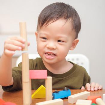 9 inspiradoras frases de María Montessori a tener en cuenta como padres