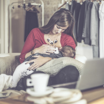 Peligros de tomar infusiones durante la lactancia materna