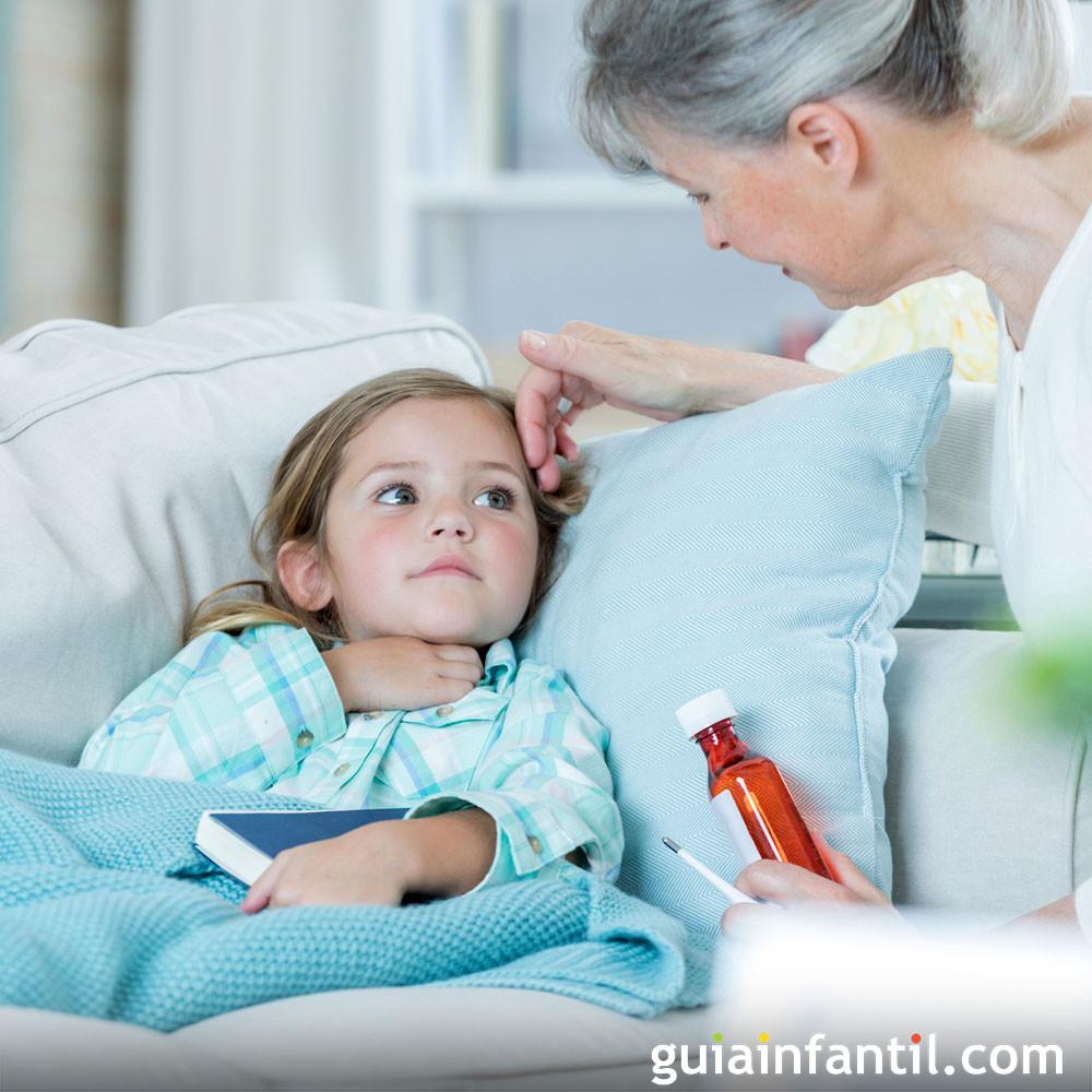 Los abuelos cuidan a sus nietos cuando están enfermos
