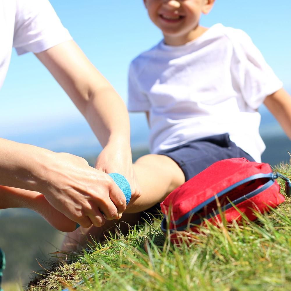 Botiquín para las vacaciones en la montaña con los niños