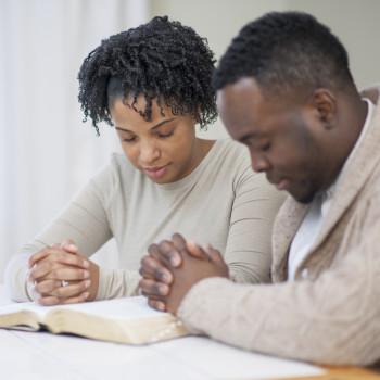 Oraciones cargadas de fe para quedarse embarazada