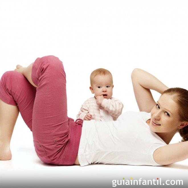 Ejercicios de abdominales con el bebé