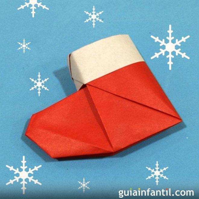Una Bota De Papa Noel En Origami - Origami-papa-noel