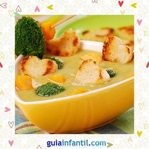 Sopa con tostaditas. Recetas saladas de corazón