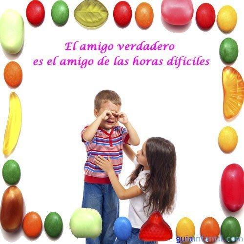 Frases de amistad para niños. Amigos consolándose
