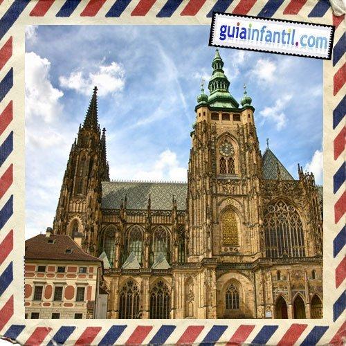 Catedral de San Vito. Viajar a Praga con los niños