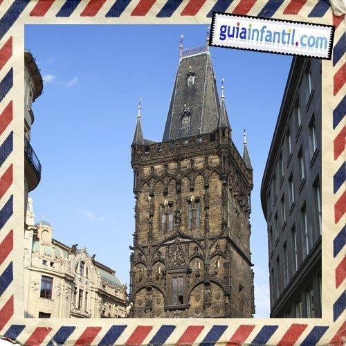Torre de la Pólvora. Viajar a Praga con los niños.