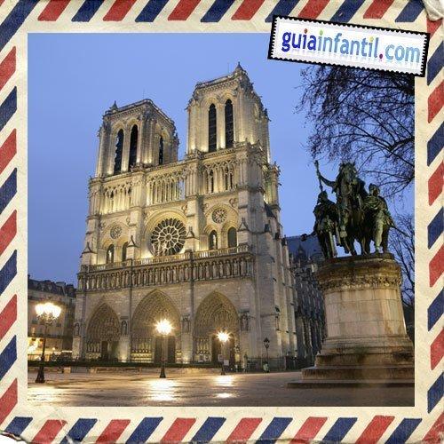 Catedral de Notre Dame. Viajar a París con los niños