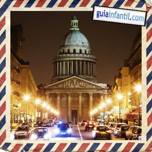 El Panteón. Viajar a París con los niños