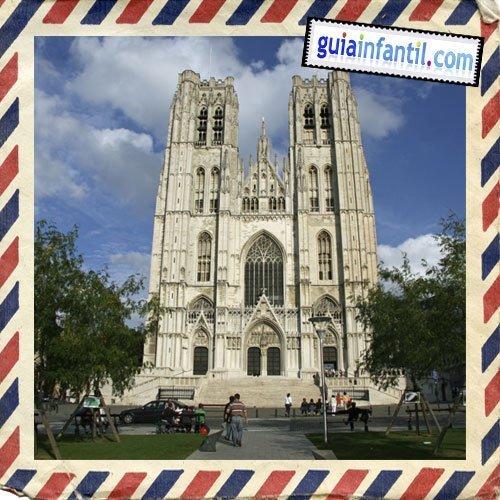 Catedral de San Miguel y Santa Gúdula. Viajar a Bruselas con niños