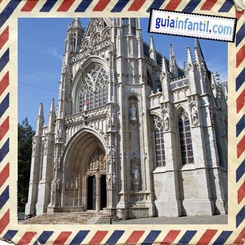 Notre Dame du Sablon. Viajar a Bruselas con los niños