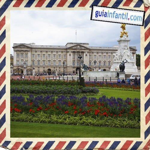 Palacio de Buckingham. Viajar a Londres con los niños