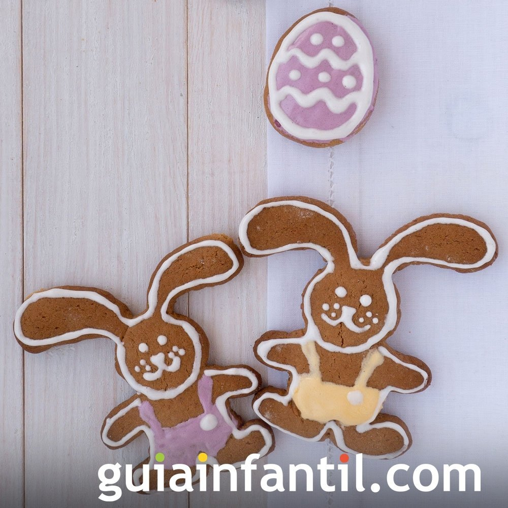 Galletas de Pascua decoradas. Conejos de jengibre