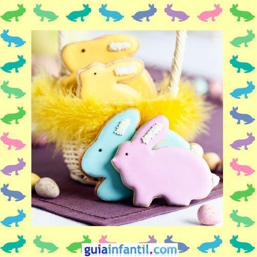 Galletas de Pascua decoradas. Conejos de colores