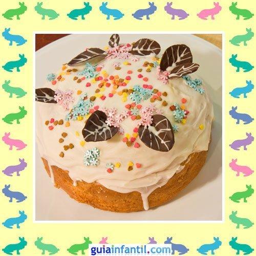Tartas de Pascua decoradas. Pastel con hojas de chocolate