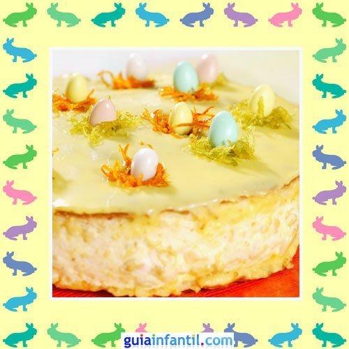Tartas de Pascua decoradas. Pastel de queso y huevos