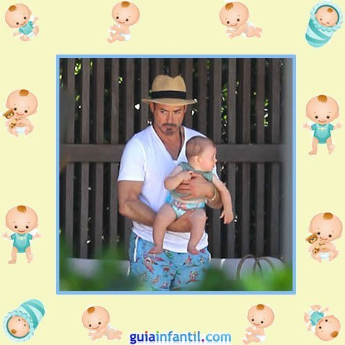 El actor Robert Downey Jr. con su hijo Exton