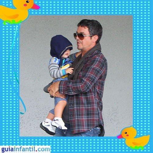 El cantante Alejandro Sanz con su hijo Dylan en Miami