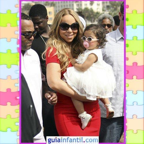 La hija de Mariah Carey con un vestido blanco y gafas de sol