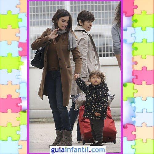 El hijo de Penelope Cruz con un look invernal