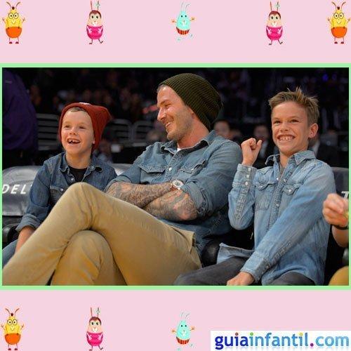 El futbolista David Beckham comparte look vaquero con sus hijos