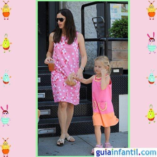 La actriz Jennifer Garner y su hija Violet comparten vestido de verano