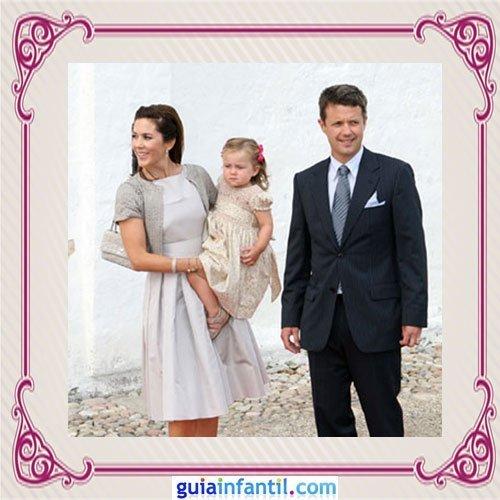 Federico de Dinamarca y Mary Donaldson con su hija Isabella