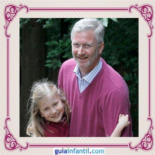 El Príncipe heredero Felipe de Bélgica y su hija Elisabeth