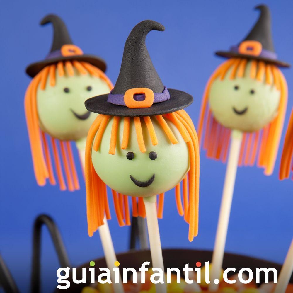 Cake pops con forma de bruja para Halloween